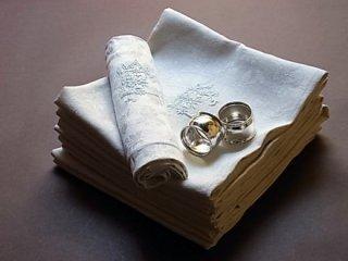 白刺繍モノグラム付テーブルナプキン