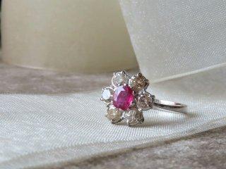 お花型ピンクルビー&ダイヤリング