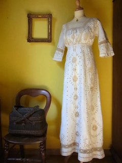 リバティ時代のリネンロングドレス