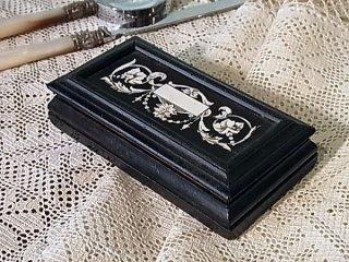 アイボリー象嵌の切手箱