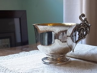 永遠の都・ローマのご出産祝い杯