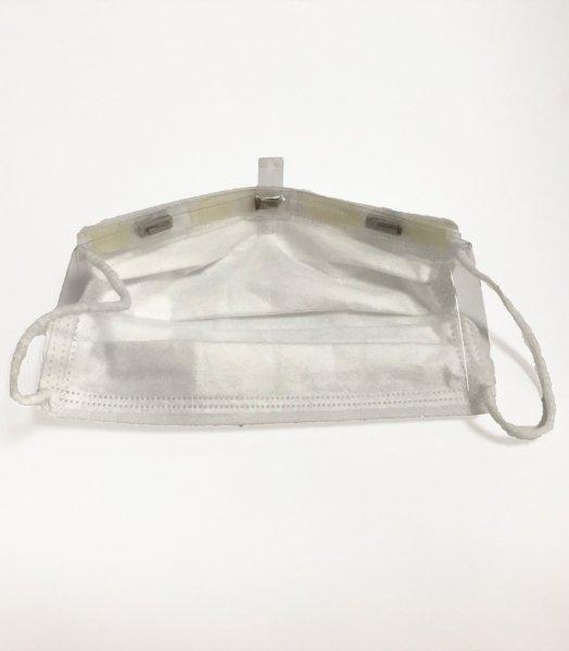 マスクイート(Maskeat)単品 ワンタッチで開閉、会食用マスク