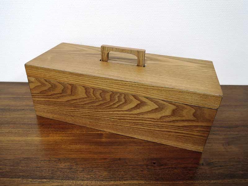 木のツールボックス<br>