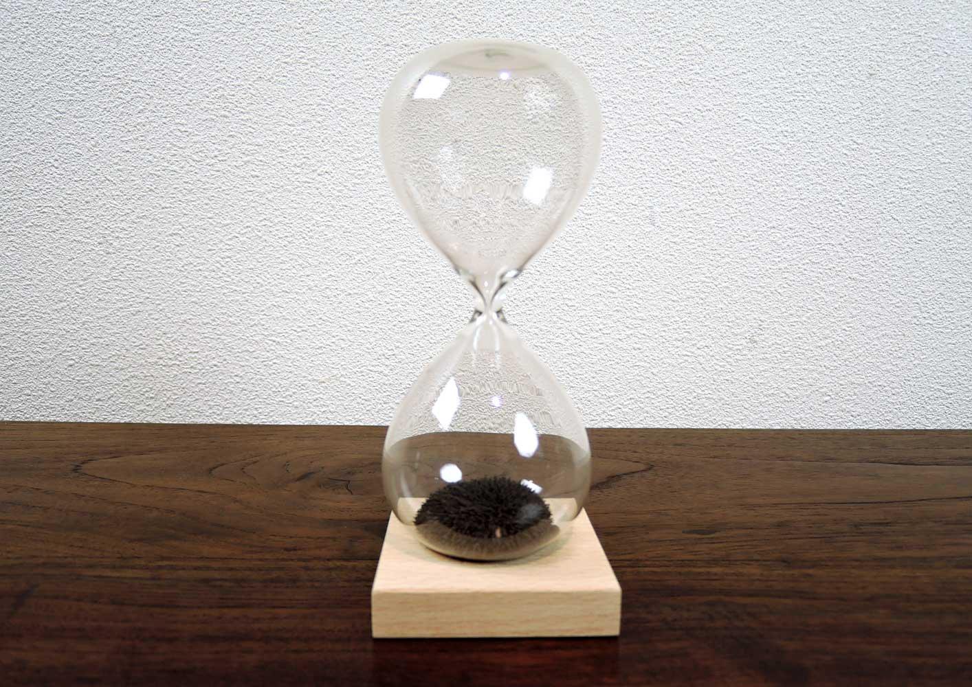 砂鉄の砂時計<br>