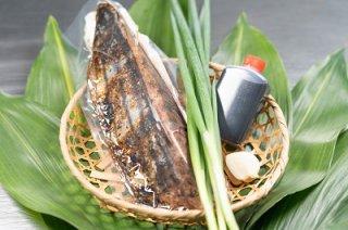 一本釣り地鰹の藁焼きタタキ(旬凍)3〜4人前
