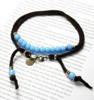WHITE HEARTS BEADS BRACECODE / Dark Brown deer skin / Aqua blue beads