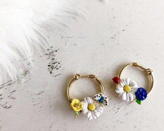 【入荷】Spring daisy chunky hoop earrings