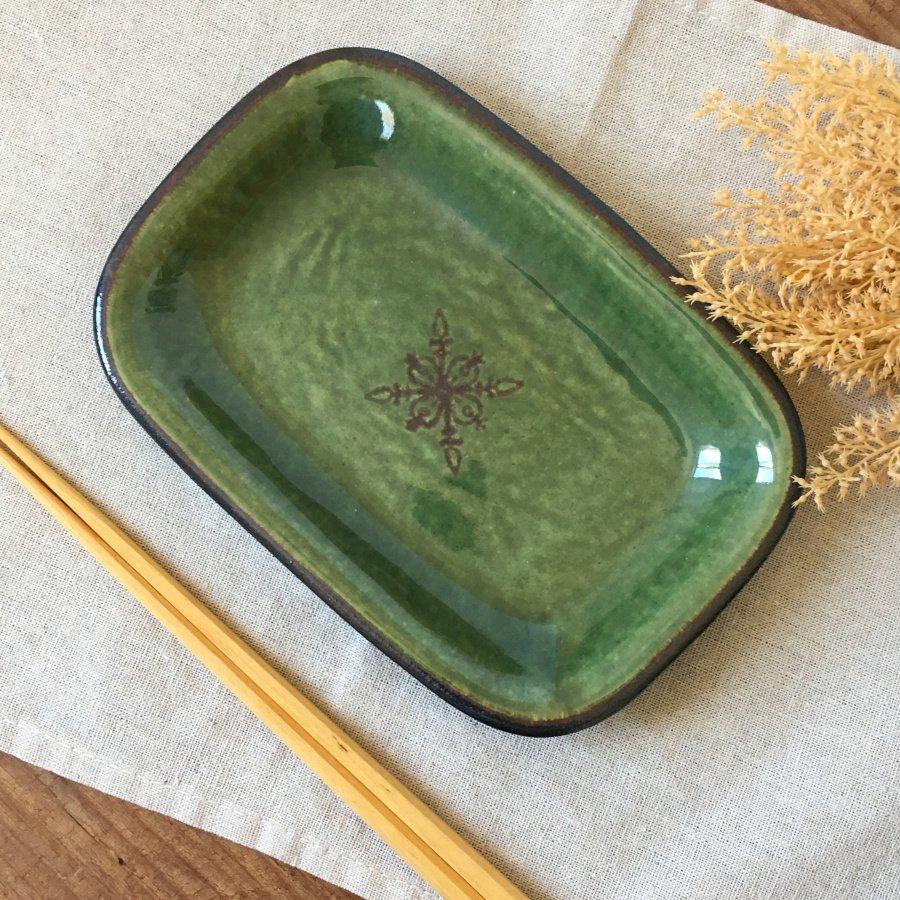atelierBOKKO モチーフ 四角リム皿 緑