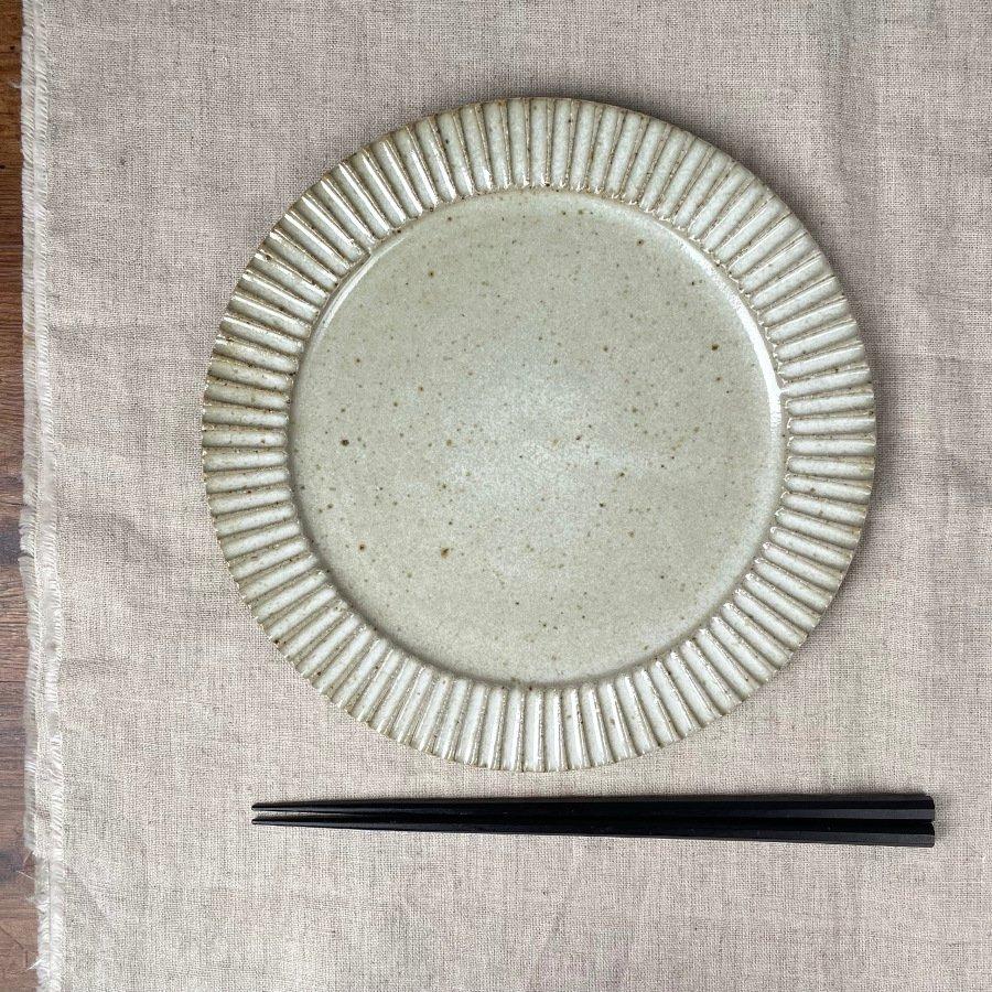 宋艸窯 鎬平皿 中 わら白