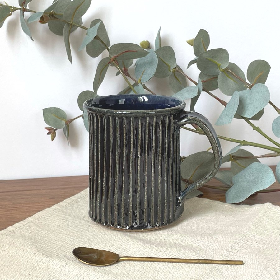 宋艸窯 マグカップ(切立タイプ) 紺