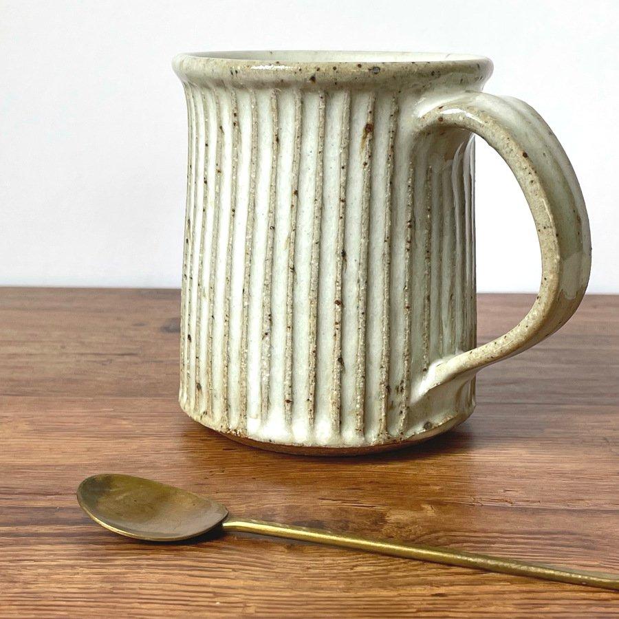 宋艸窯 マグカップ(切立タイプ) わら白
