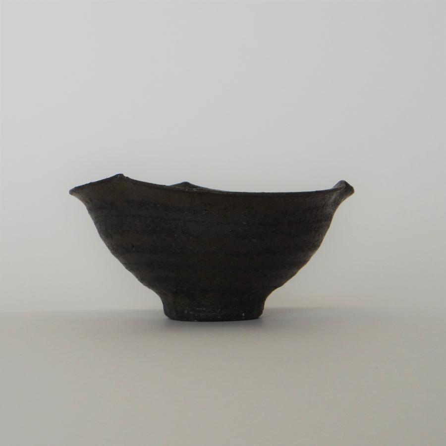 八木信樹 黒釉輪花小鉢(3寸)