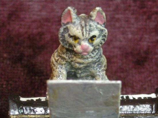 ヴィエナブロンズ ピアノを弾く猫