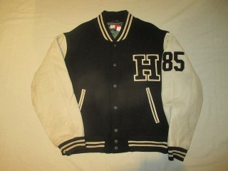 <img class='new_mark_img1' src='//img.shop-pro.jp/img/new/icons15.gif' style='border:none;display:inline;margin:0px;padding:0px;width:auto;' />TOMMY HILFIGER Varsity Jacket 294