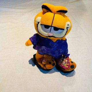 <img class='new_mark_img1' src='//img.shop-pro.jp/img/new/icons15.gif' style='border:none;display:inline;margin:0px;padding:0px;width:auto;' />Garfield Plush Doll 1