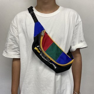 <img class='new_mark_img1' src='//img.shop-pro.jp/img/new/icons15.gif' style='border:none;display:inline;margin:0px;padding:0px;width:auto;' />UNITED COLORS OF BENETTON Waist Bag 1