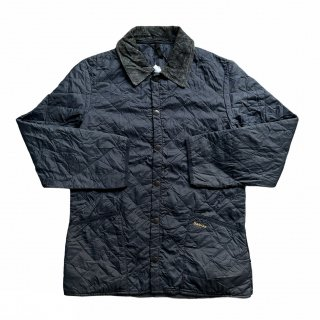 <img class='new_mark_img1' src='https://img.shop-pro.jp/img/new/icons15.gif' style='border:none;display:inline;margin:0px;padding:0px;width:auto;' />Barbour Quilting Jacket