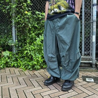 <img class='new_mark_img1' src='https://img.shop-pro.jp/img/new/icons15.gif' style='border:none;display:inline;margin:0px;padding:0px;width:auto;' />US ARMY Snow Camo Pants