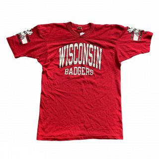 <img class='new_mark_img1' src='https://img.shop-pro.jp/img/new/icons15.gif' style='border:none;display:inline;margin:0px;padding:0px;width:auto;' />80's Champion ''Wisconsin Badgers'' Jersey Top