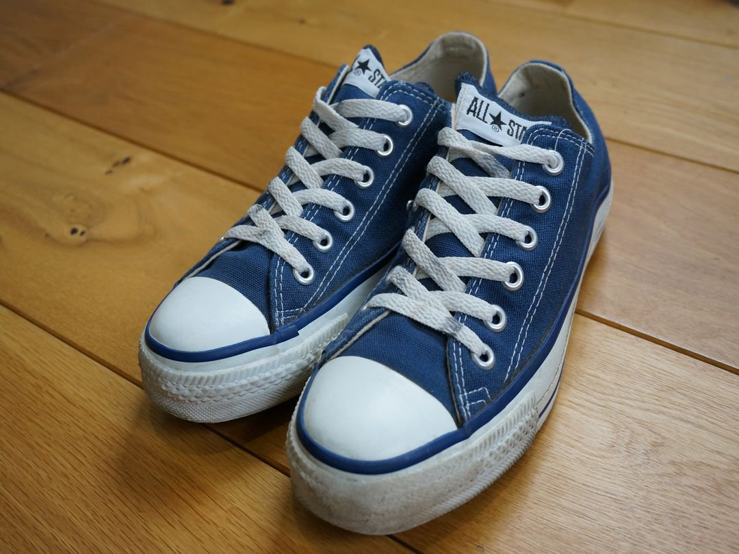 <img class='new_mark_img1' src='https://img.shop-pro.jp/img/new/icons5.gif' style='border:none;display:inline;margin:0px;padding:0px;width:auto;' />1990s CONVERSE ALLSTAR Lo NVY