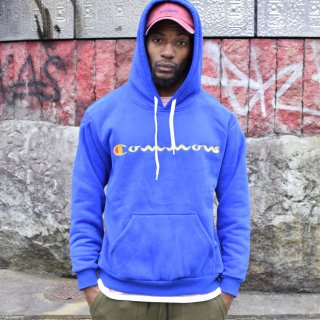 <img class='new_mark_img1' src='https://img.shop-pro.jp/img/new/icons7.gif' style='border:none;display:inline;margin:0px;padding:0px;width:auto;' />ILLCOMMONS FRONT LOGO HOODIE BLUE (イルコモンズ フロントロゴ パーカー ブルー)