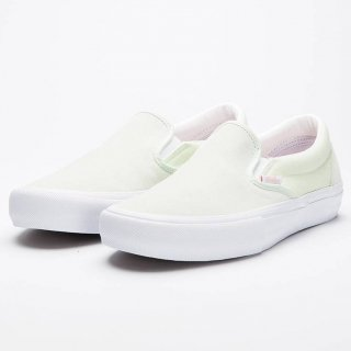 <img class='new_mark_img1' src='//img.shop-pro.jp/img/new/icons3.gif' style='border:none;display:inline;margin:0px;padding:0px;width:auto;' />VANS SLIP-ON  SUEDE LIME GREEN (バンズ スリップオン ライムグリーン)