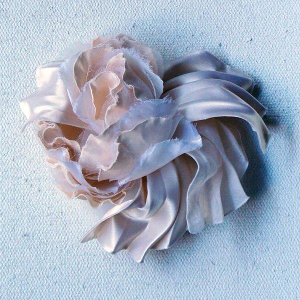 アトリエ染花 (アトリエセンカ)<br>フラワー&プリーツヘッドドレス<br>aotei00565
