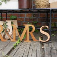 Cli'O mariage (クリオマリアージュ)<br>無垢材木製アルファベット切文字 (Lサイズ)<br>ot定番01306
