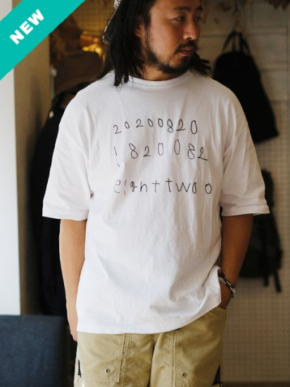 """Pii-day """"eight two o S/S Tee"""""""