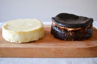 白と黒のチーズケーキ