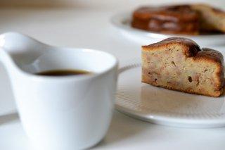 白玉糖バナナケーキとまる弥のカップオンコーヒーセット