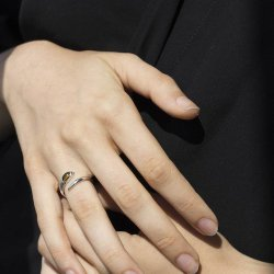 Mayim Ring