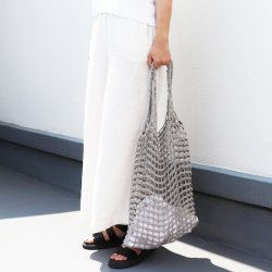 <img class='new_mark_img1' src='https://img.shop-pro.jp/img/new/icons5.gif' style='border:none;display:inline;margin:0px;padding:0px;width:auto;' />CROCHET TOTE BAG