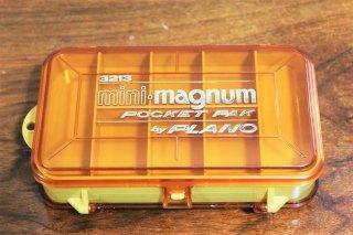 PLANO MINI-MAGNUM POKET PAK 3213