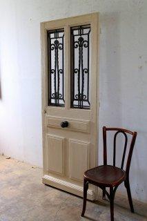 アイアン飾り玄関ドア
