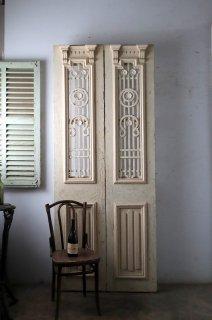 観音開き アイアン飾り 玄関ドア