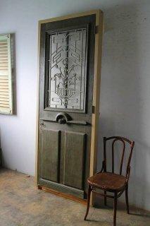 ヴィンテージキー付き アイアン飾り 玄関ドア 木枠完成品付