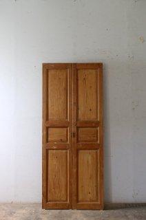 アンティーク観音開きドア