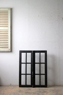 ダークシャビー アンティーク 格子ガラス窓 グレモン錠付