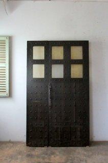 アンティーク 鋲打 ガラスドア 親子ドア
