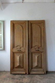 アンティーク 観音開きドア