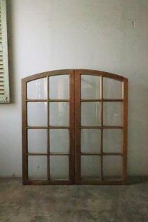 フレンチ アーチガラス窓