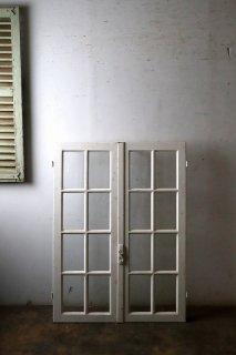 アンティーク 観音開きガラス窓