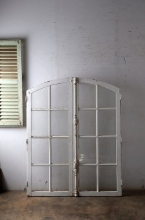 アンティークアーチガラス窓 クレモン錠付 格子窓
