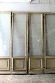 アンティーク 特大ガラスのドア 4枚組 ガラス揺らぎあり