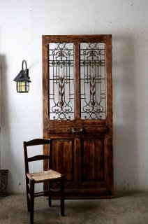 アンティークアイアン飾り玄関ドア
