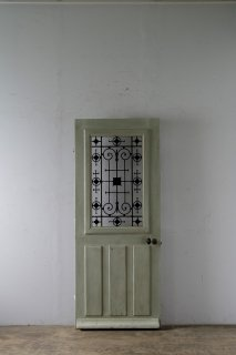 antique entrance door /アンティーク扉 シンプルなアイアン飾り