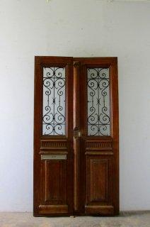 観音開きアイアン玄関ドア