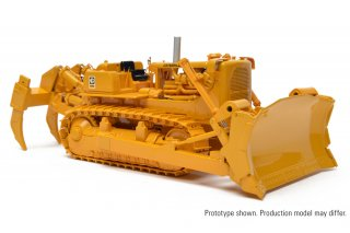 CAT D9G ブルドーザ 1/48<img class='new_mark_img2' src='https://img.shop-pro.jp/img/new/icons14.gif' style='border:none;display:inline;margin:0px;padding:0px;width:auto;' />