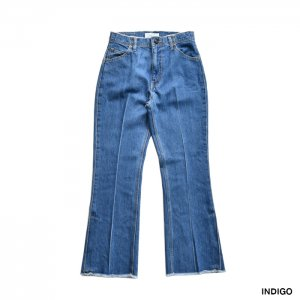 <img class='new_mark_img1' src='https://img.shop-pro.jp/img/new/icons1.gif' style='border:none;display:inline;margin:0px;padding:0px;width:auto;' />PHEENY フィーニー Vintage denim flared pants ヴィンテージデニムフレアパンツ PA20-PT08